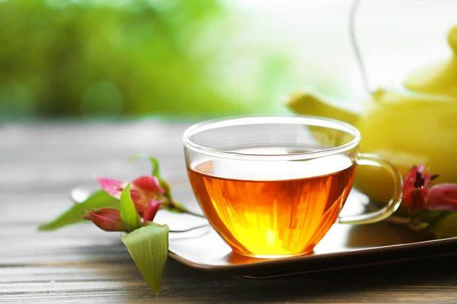 فروش تضمینی چای لاهیجان